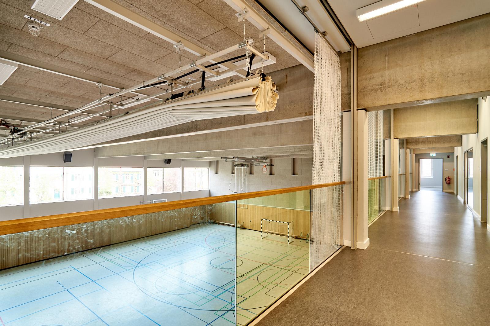 56OS_sporthalle_3_rl