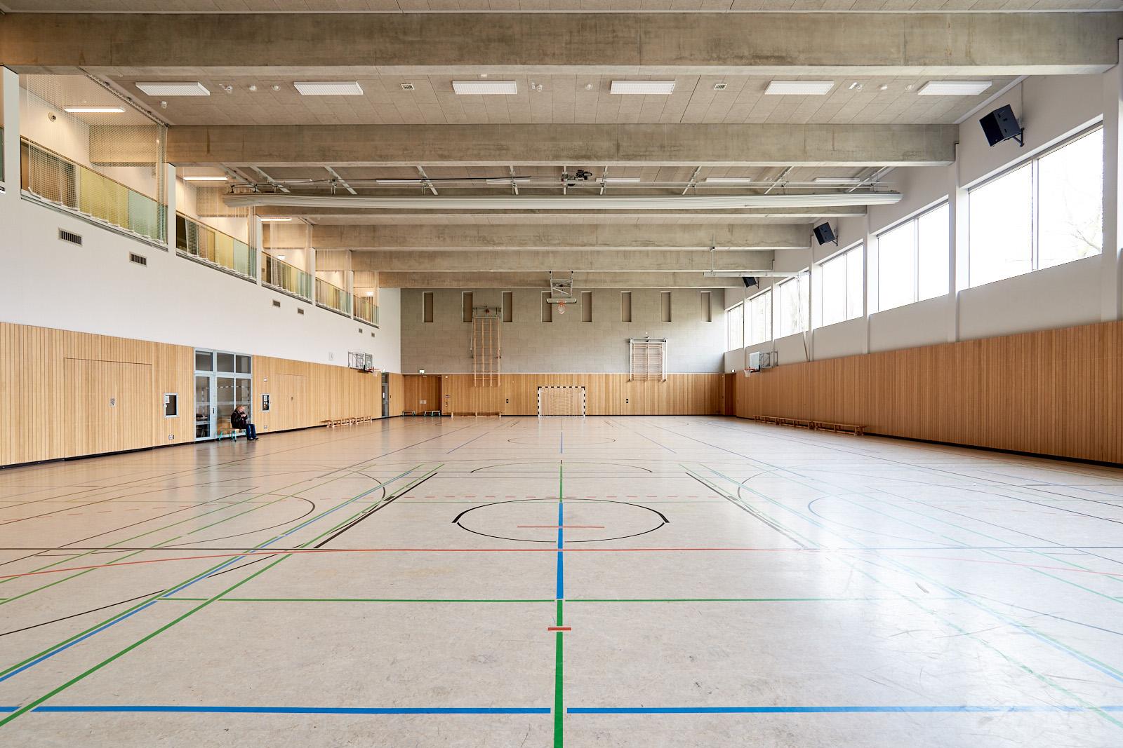 56OS_sporthalle_rl