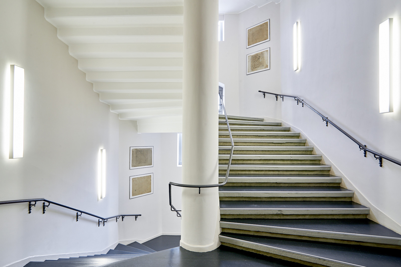 GEOSN_treppenaufgang_rl